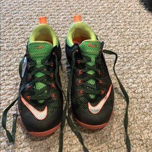 Funky Nike Earned 23 sneakers
